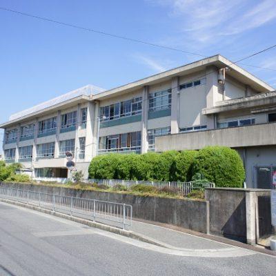 貝塚市立中央小学校
